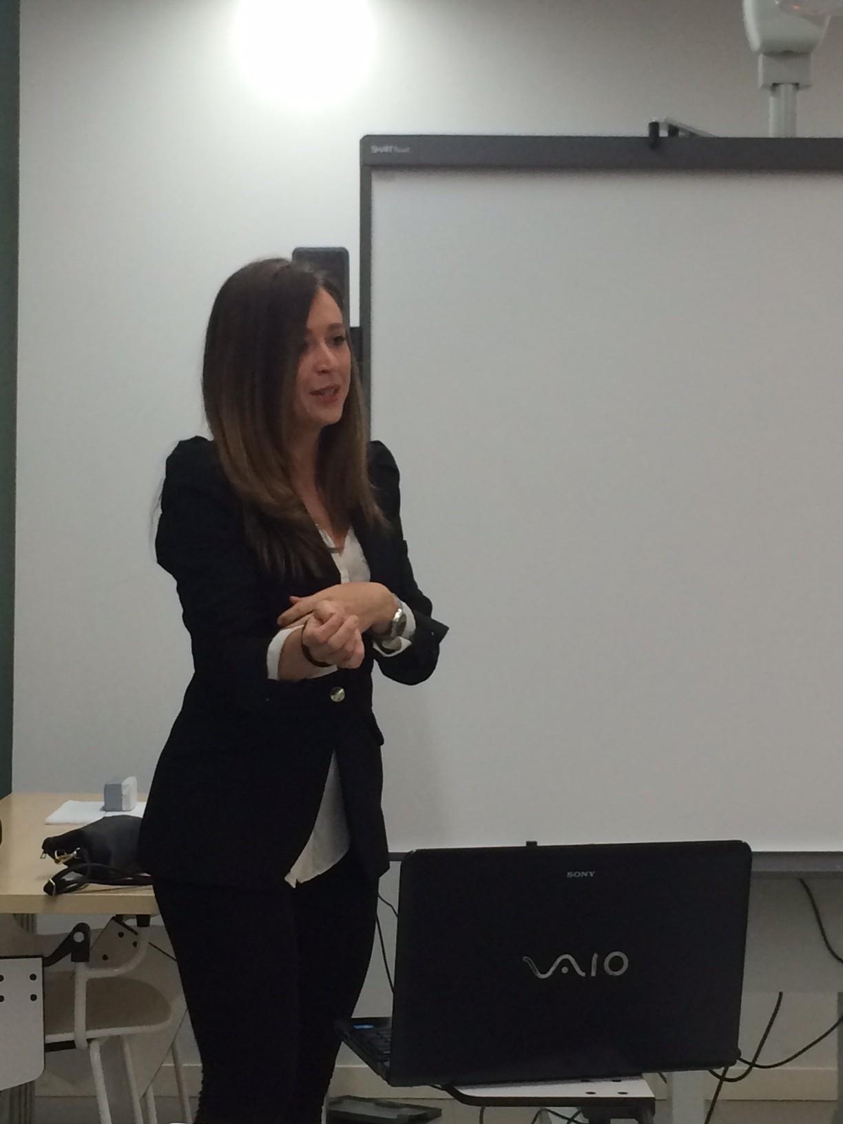 Alina Franco experta en pacto de socios