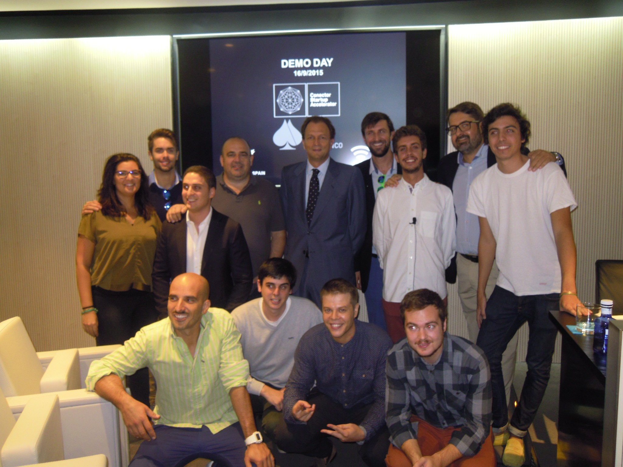 foto de familia Conector y Grupo R. Franco